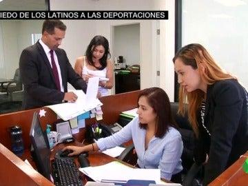 Frame 41.486052 de: miedo latinos