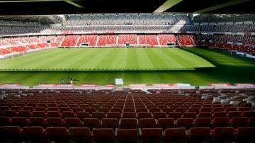 Estadio gijonés de fútbol, El Molinón