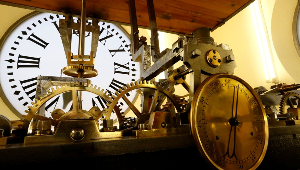 46ccd0b023de El reloj de la Puerta del Sol cumple 150 años