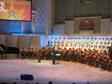 Imagen del ejército ruso interpretando una Jota Aragonesa