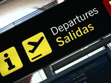 Terminal de salidas del aeropuerto