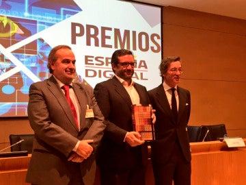 Atresmedia recibe el premio 'España Digital Periodismo 2016'
