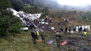 Restos del accidente de avión del Chapecoense