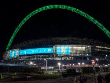 Wembley, iluminado con los colores del Chapecoense