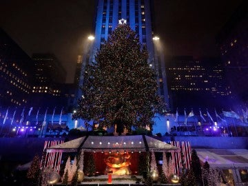 Árbol de Navidad instalado en el Rockefeller Center