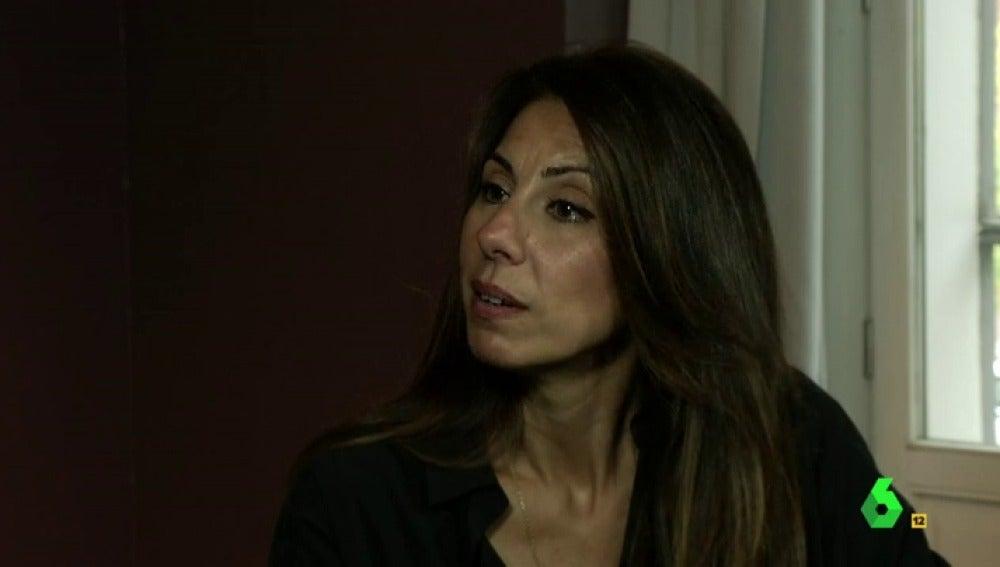 """Frame 62.606422 de: Gemma, viuda del policía muerto en el atentado a la embajada de España en Kabul: """"Lo único que pedimos es que se investigue, se depuren responsabilidades y justicia"""""""