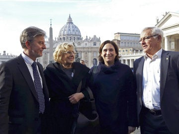 Manuela Carmena y Ada Colau, en Roma