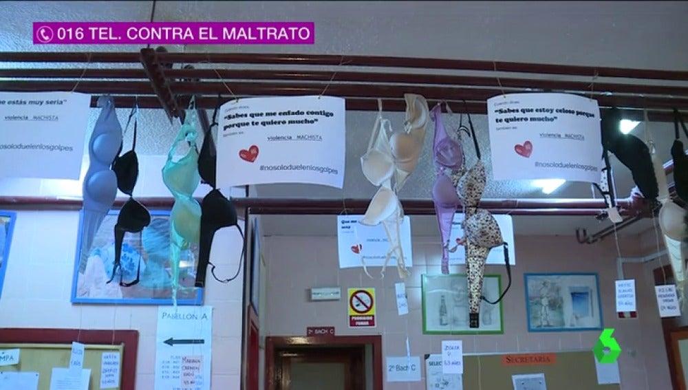 Frame 17.288088 de: SUJETADORES VIOLENCIA MACHISTA