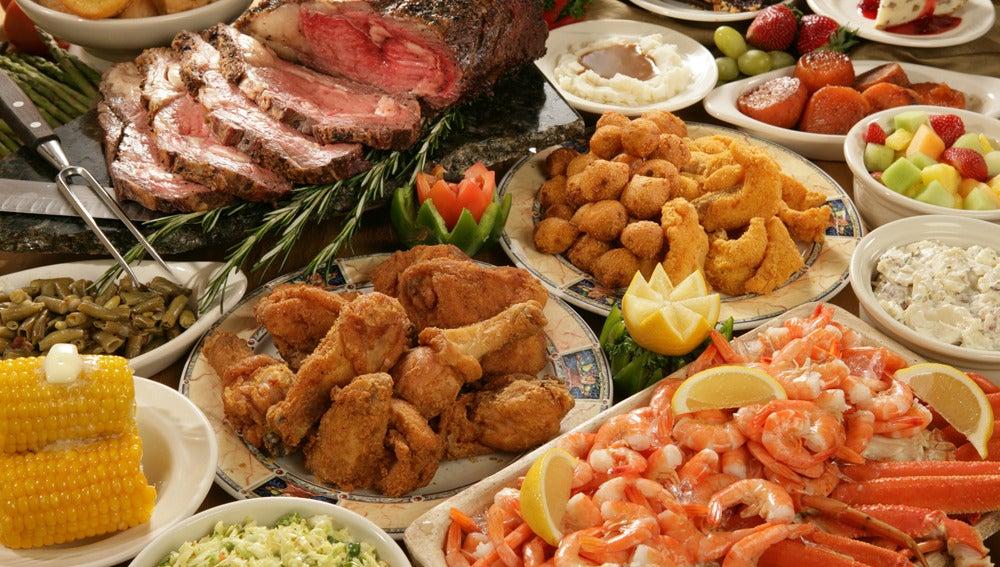 Imagen de archivo de un banquete de comida