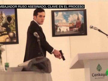 Frame 67.430545 de: asesino embajador