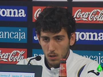 Dani Parejo, en una rueda de prensa en 2012