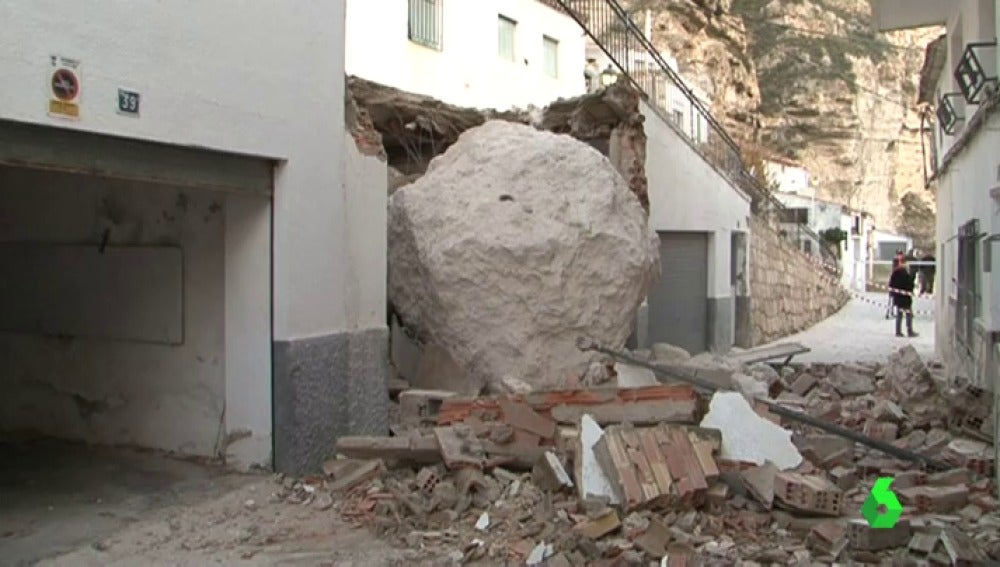 Frame 0.0 de: roca casas