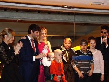 Foto de familia de la 'Cena Pirata' organizada por Esteban Granero