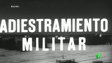 Frame 12.084427 de: La mili se convirtió en una escuela para el 20% de población que no sabía ni leer ni escribir en la época de Franco