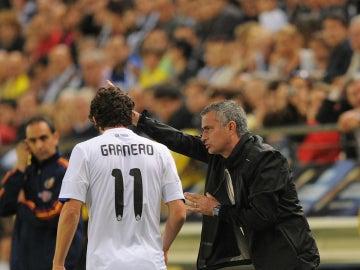 Mourinho da instrucciones a Granero