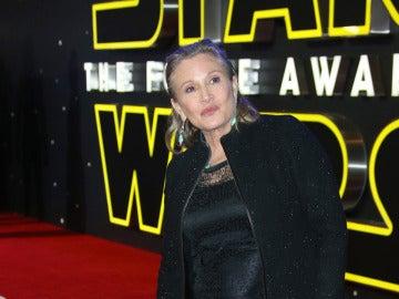 Carrie Fisher en el estreno de 'Star Wars: El Despertar de la Fuerza'