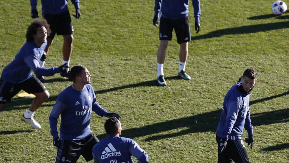 Pepe, durante un entrenamiento con el Real Madrid