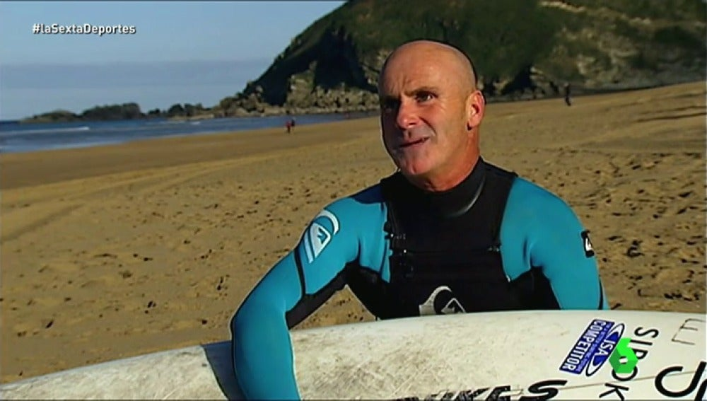 Frame 68.215 de: La historia de Aitor Francesena, el surfista ciego campeón del mundo
