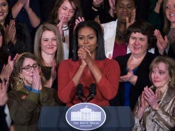 Michelle obama, emocionada durante su discurso
