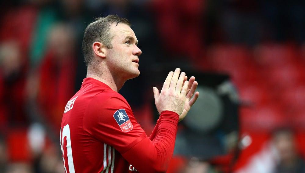 Rooney en el partido con el Manchester