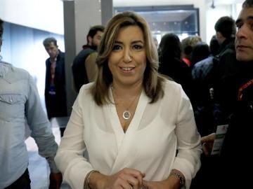 La presidenta andaluza, Susana Díaz, durante un descanso de la reunión del Comité Federal del PSOE