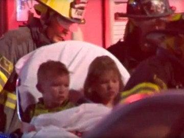 Niños rescatados de un incendio