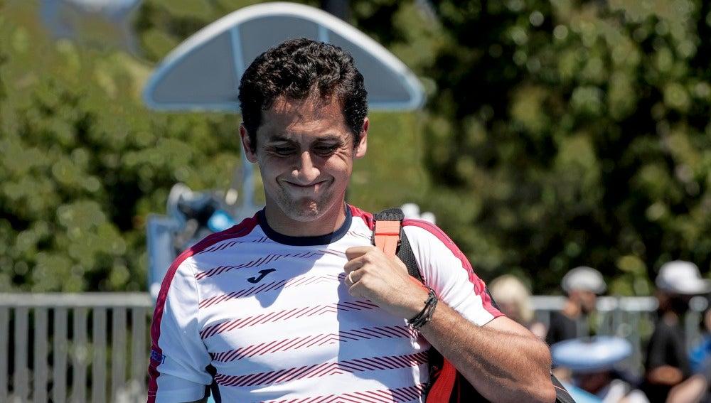 Nicolás Almagro abandona en el Open de Australia