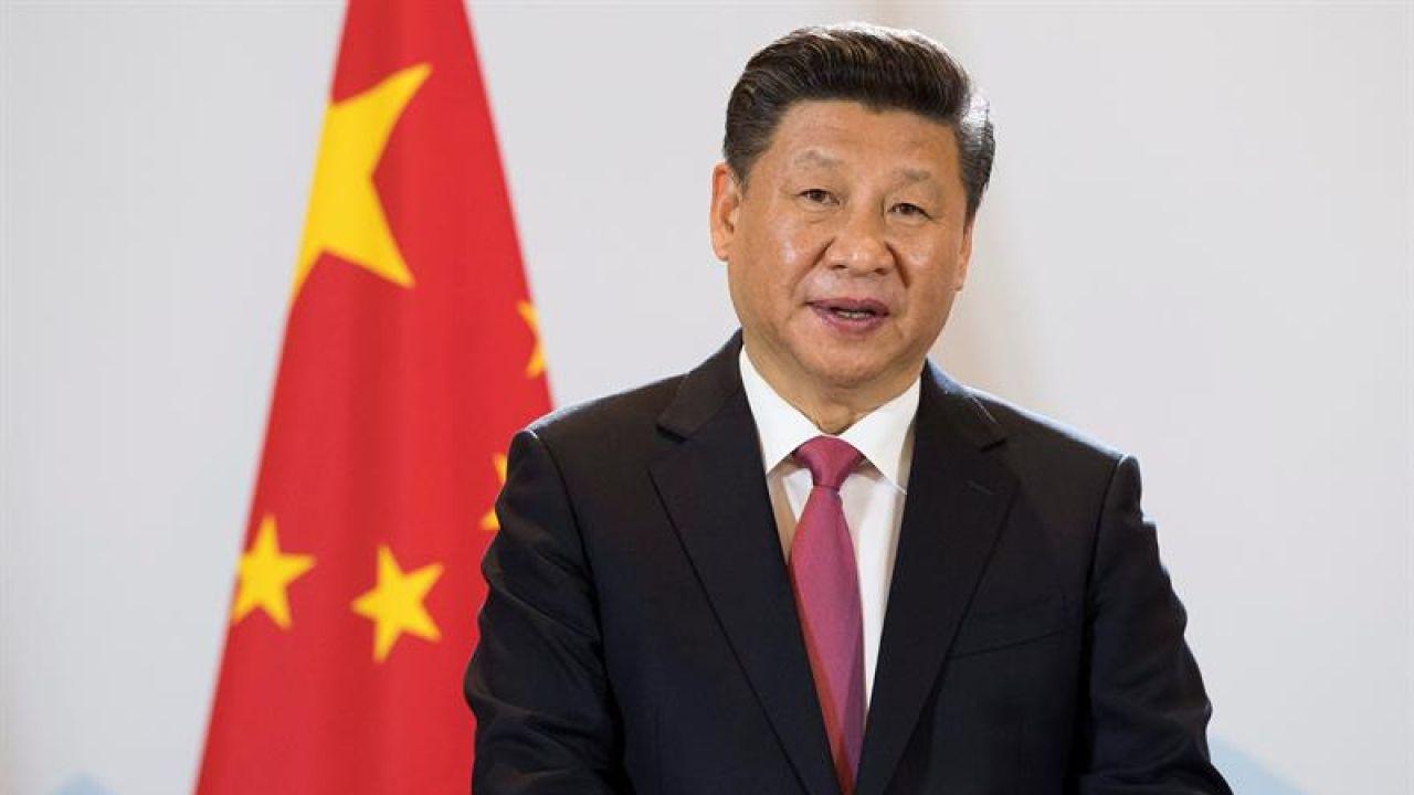 El presidente chino, Xi Jinping, da una rueda de prensa en Berna (Suiza)