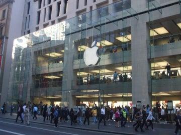 Fachada de una tienda de Apple