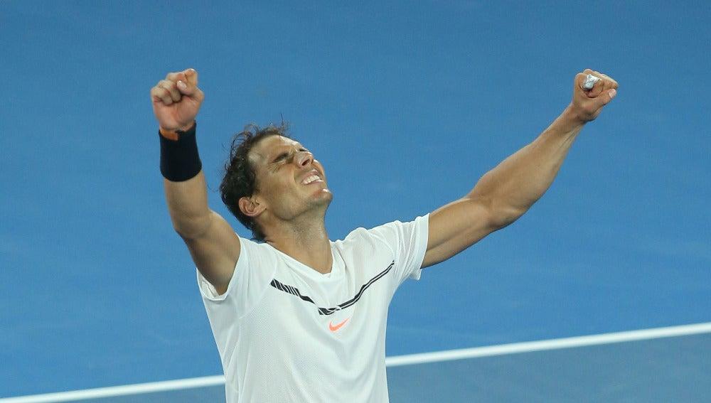 Nadal celebra su victoria ante Dimitrov y su pase a la final del Open de Australia