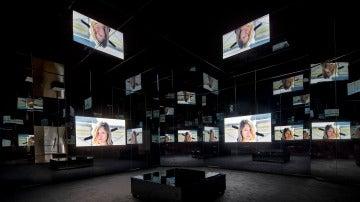 Electric Earth, exposición en solitario de Doug Aitken