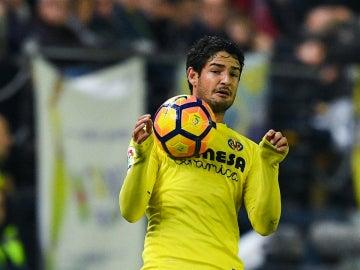 Pato, en un partido contra el Villarreal