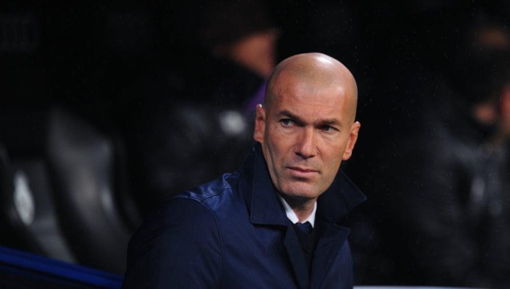 Zidane, en un partido con el Real Madrid