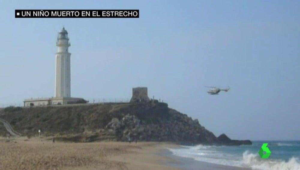 Frame 27.639289 de: Encuentran el cuerpo sin vida de un niño subsahariano de entre cinco y siete años en una playa de Cádiz