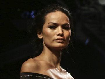 Anjali Lama, la primera modelo transgénero en desfilar en la semana de la moda de Bombay