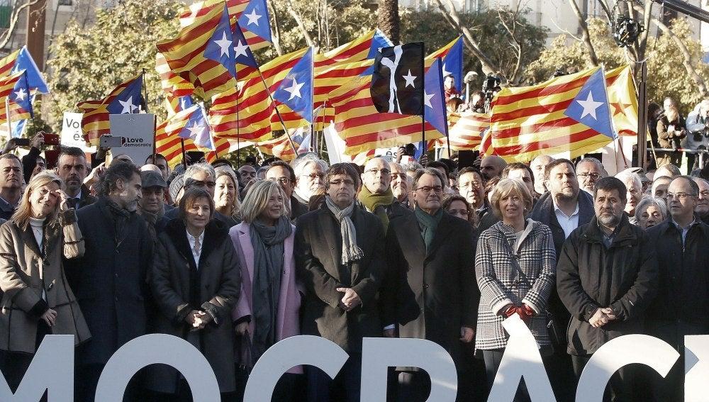 Manifestación en apoyo a Mas, Ortega y Rigau