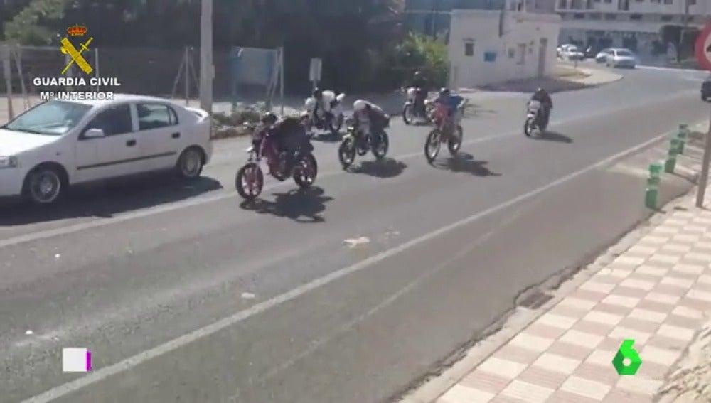 Frame 1.623644 de: carreras de motos