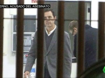 Frame 25.38433 de: Detienen a uno de los yernos de la viuda del expresidente de la CAM por su asesinato
