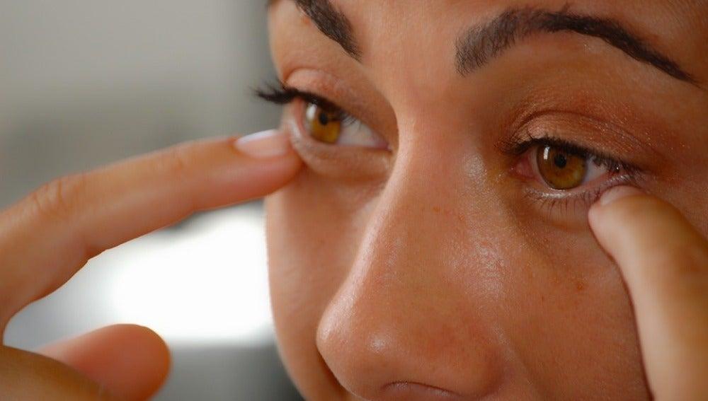 El insalubre error de utilizar cremas antihemorroidales para reducir las ojeras