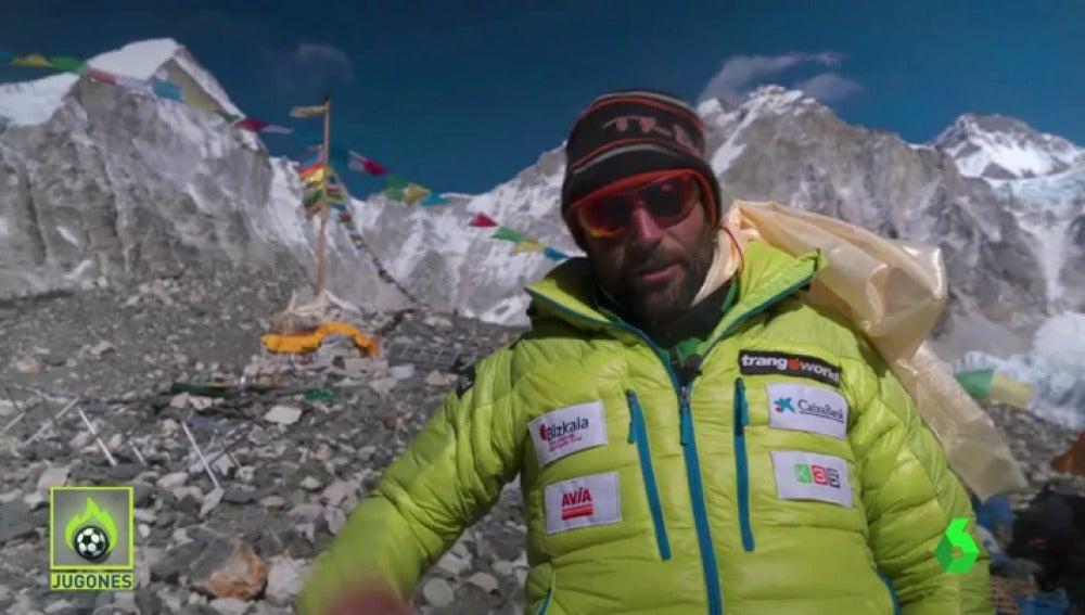 Frame 0.0 de: Alex Txikon parte para hacer historia en la cumbre del Everest entre el 14 y el 18 de febrero