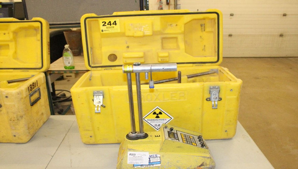 Imagen de una maleta radiactiva