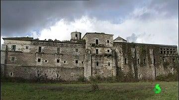 Frame 87.479642 de: monasterio gallego