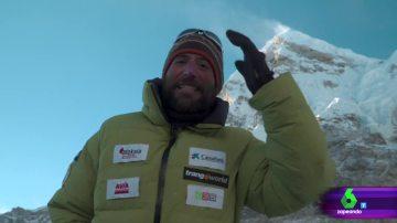 Alex Txikon manda un saludo desde el Everest a Zapeando