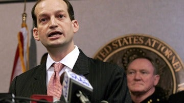 Abogado hispano y ex fiscal general de Miami, Alexander Acosta