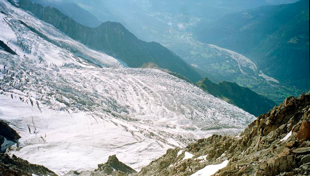 Vista del glaciar de Bossons, en el macizo del Mont Blanc, en los Alpes
