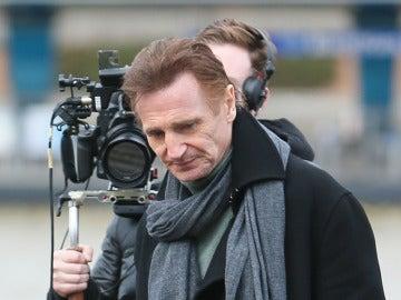 Liam Neeson en un rodaje