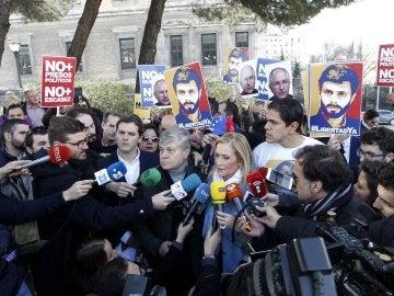 Cristina Cifuentes durante el acto en defensa de Leopoldo López
