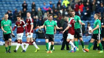 El Lincoln City celebra una victoria ante el Burnley