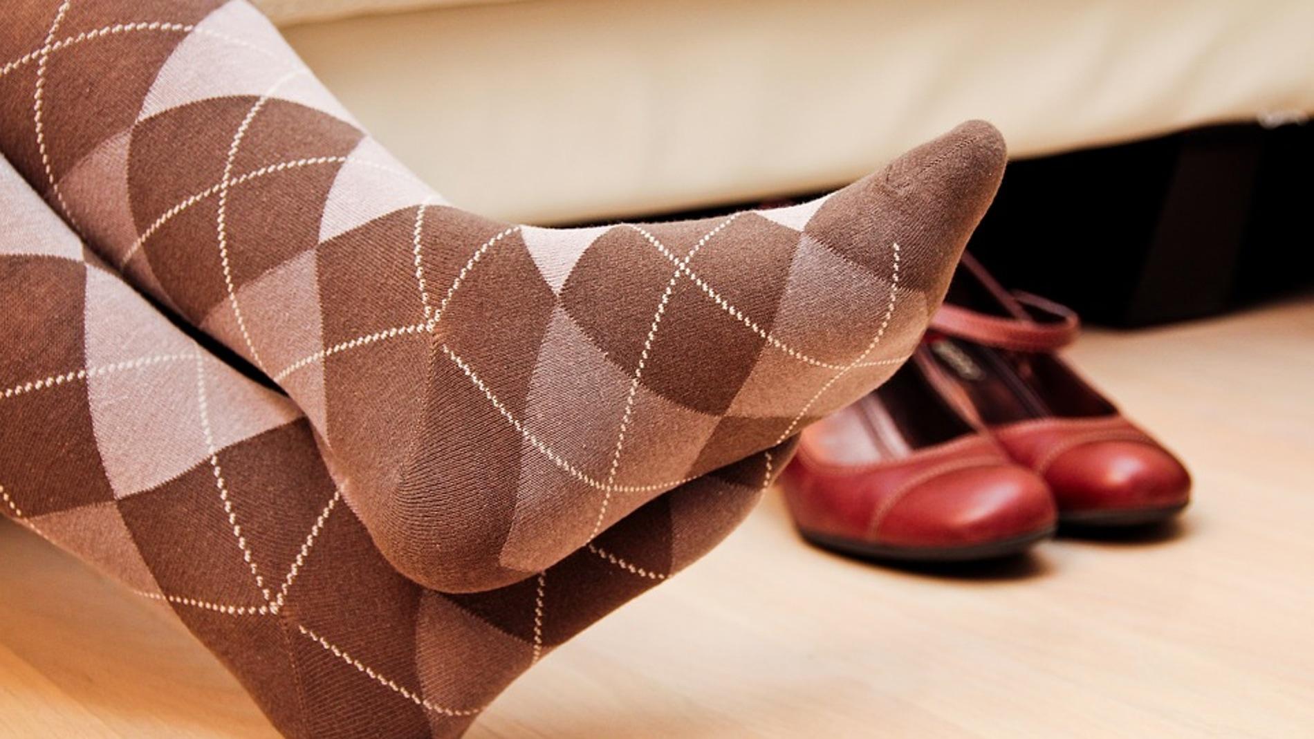 Preparados para el orgasmo con calcetines