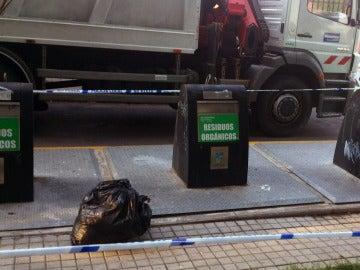 Lugar donde los agentes de la Guardia Civil rescataron al bebé arrojado en la basura por su madre